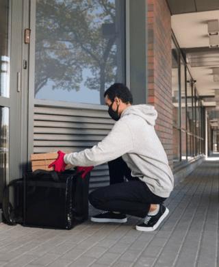 Should You Consider Installing Smart Doorbells for Renters?